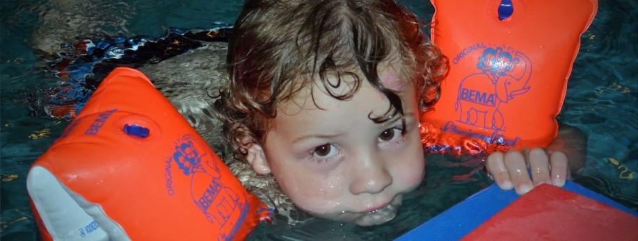 peuter zwemmen